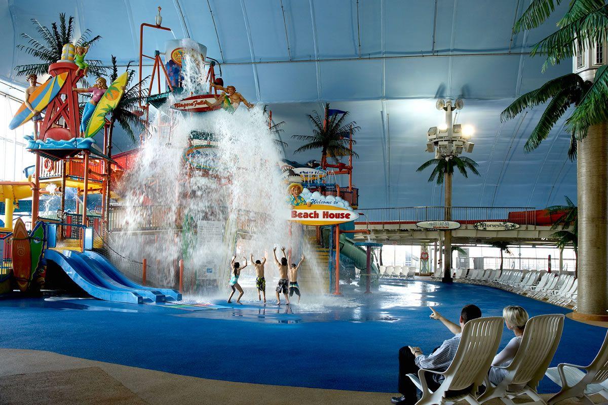 Hotel Waterpark Getaway Niagara Falls Hotels Indoor Waterpark