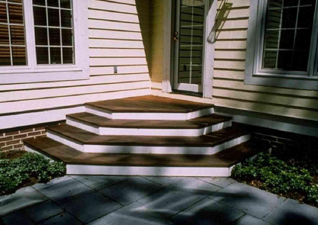 Best Dark Treads White Risers Deck Steps Deck Stairs 400 x 300