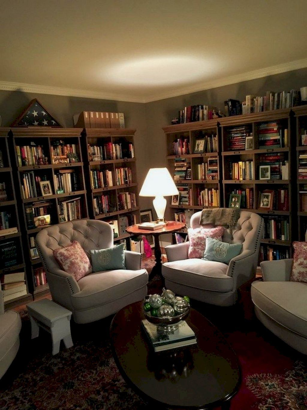 Interior Design Library Room: Dwelling Transforming With A Dwelling Library In 2020