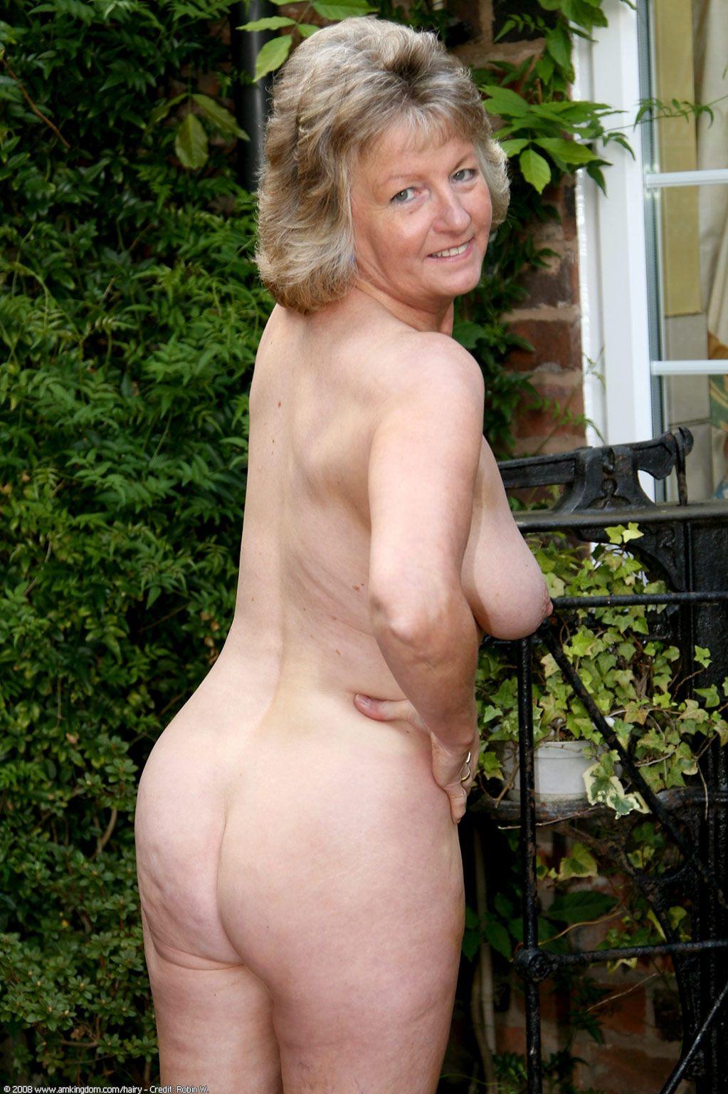 Www olderwomen com