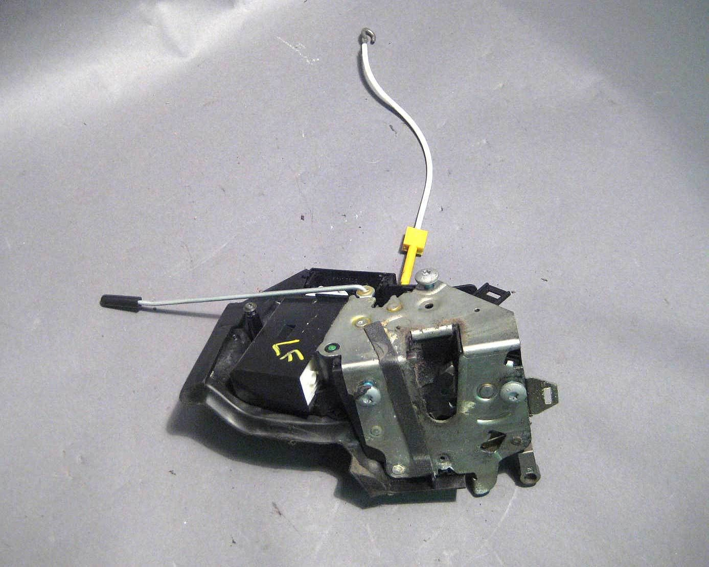 Bmw E39 E38 Left Front Drivers Door Latch Lock Actuator 1995 2003 Used Oem Door Latch Door Locks Actuator