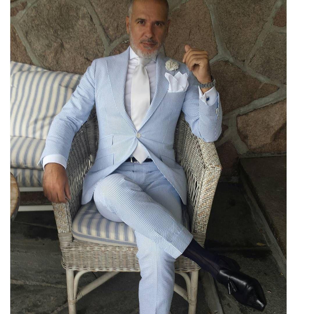 Bespoke suit by @Skabo bespoke shirt by @Sartoriarossi bespoke tassels by @bocachesalvuccicalzolai #dressshoes #mensshoes #dandy #theitaliancode #bespokeshoes #bespokesuit #dapper #mnswr #suitandtie #gentlemanstyle #gentleman #sprezzatura #suit