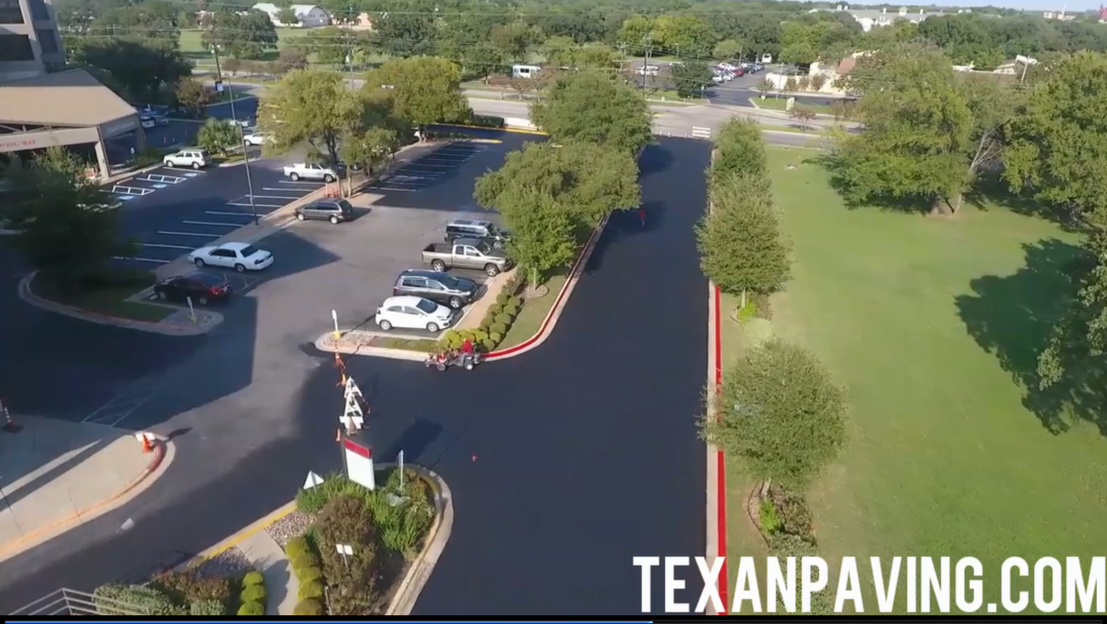 Commercial Sealcoating Striping Contractors In Austin Tx We Also Sealcoat And Stripe Parking Lots In Round Rock Le Parking Lot Striping Lakeway Cedar Park