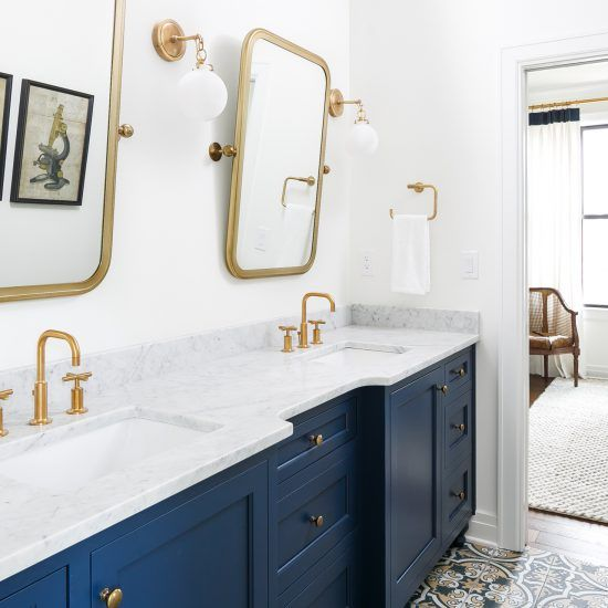 White Navy And Gold Bathroom Leslie Cotter Interiors Gold Mirror Bathroom Gold Bathroom Blue Bathroom Vanity
