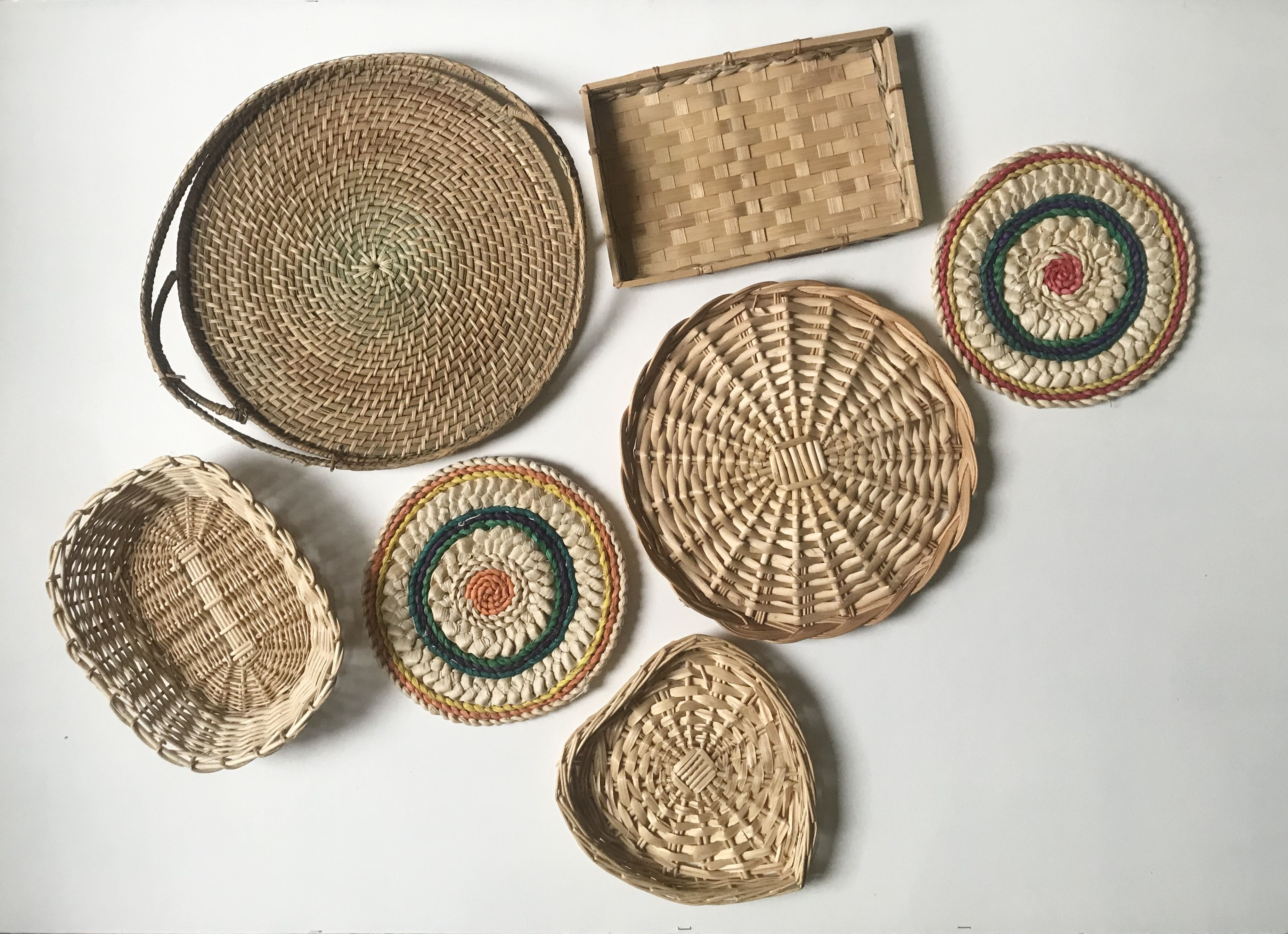 #panierdécoratifmural  #panierosier #vintage #walldecor #vintagehomedecor #macramewallhanging #macrame #crochet #vintagehome #decoration #homedecor #brocanteenligne #brocante #bohemechic #decoboheme #bohodecor #bohowallhanging #bohowalldecor