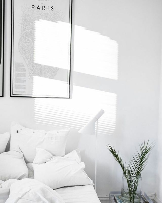 Minimal White Bedroom With Greenery Bedroom Interior All White