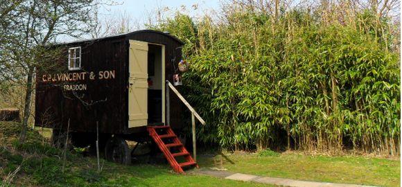 Exterior, Pip y la cabina de la pipa, Spring Park, Cornualles