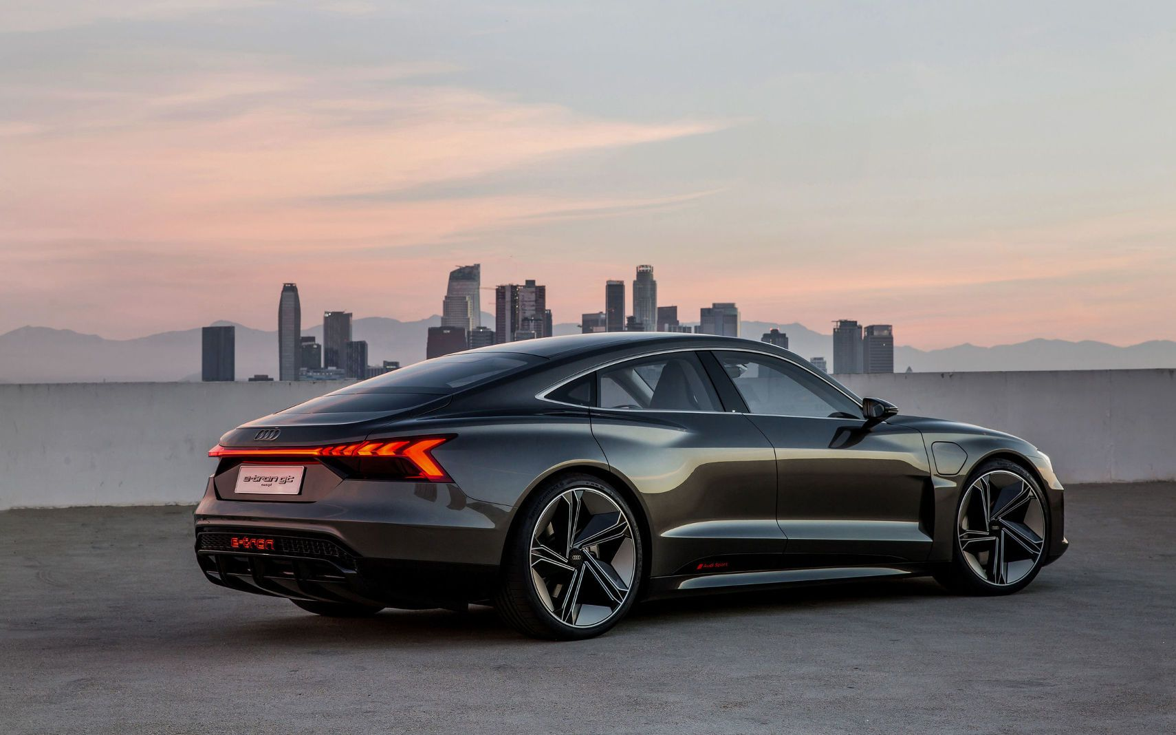 2020 Audi ETron Gran Turismo Improb Audi etron, E