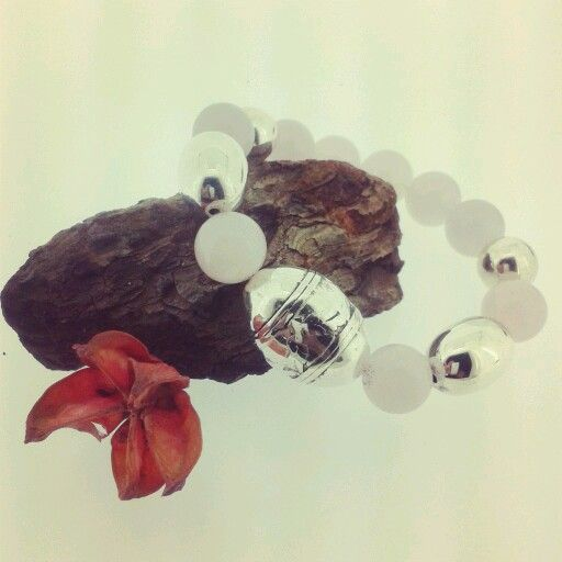 pulsera de cuarzo y plata laminada www.albaberrocal.com