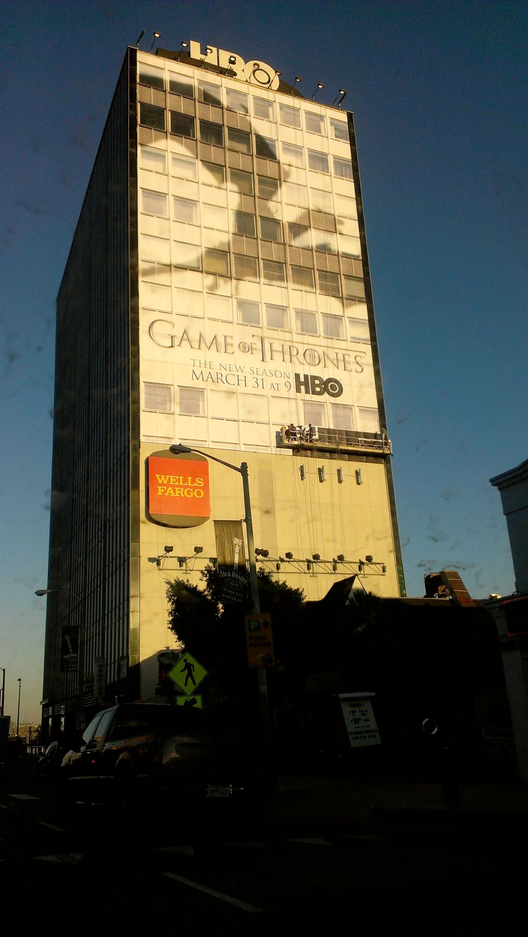 Hbo Goes Full Dragons Plasters The Season 3 Game Of Thrones Poster On Their Building Advertising Outdoor Hbo Go