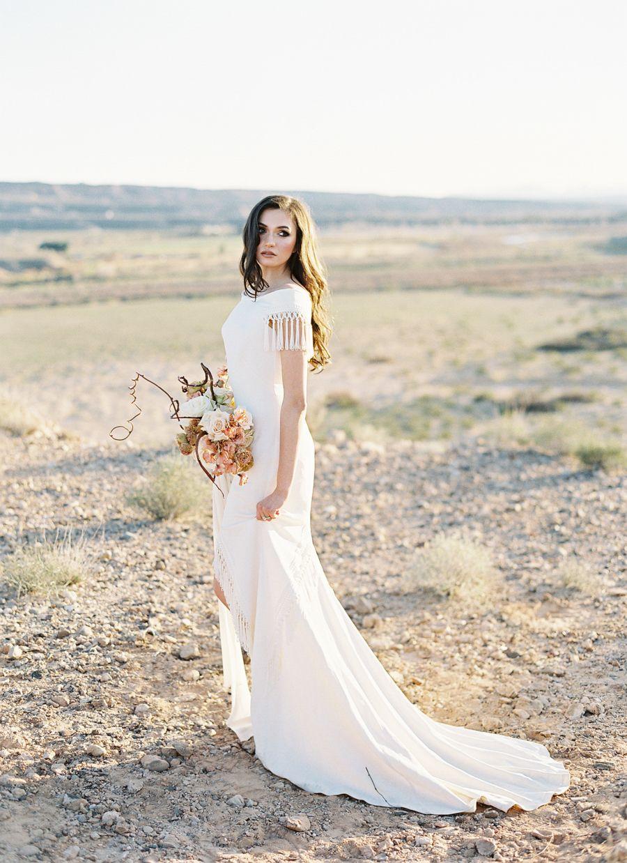 Editorial: Las Vegas Desert Wedding | Pinterest | Las vegas weddings ...