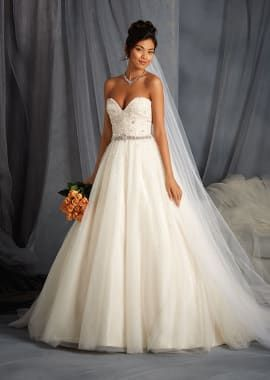 Net Overlay Affordable Wedding Dress With Sweetheart Neckline Wd
