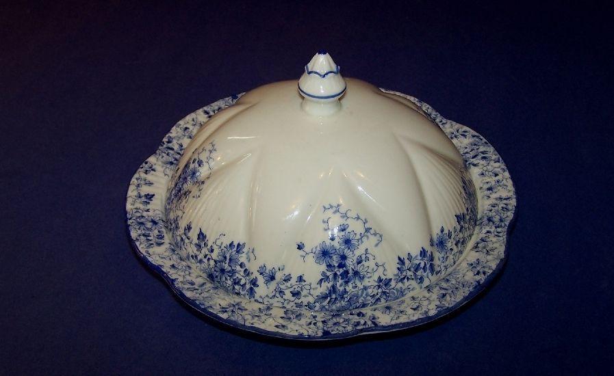 Shelley Bone China Dainty Blue Muffin / Butter Dish / Muffineer Rd. 272101