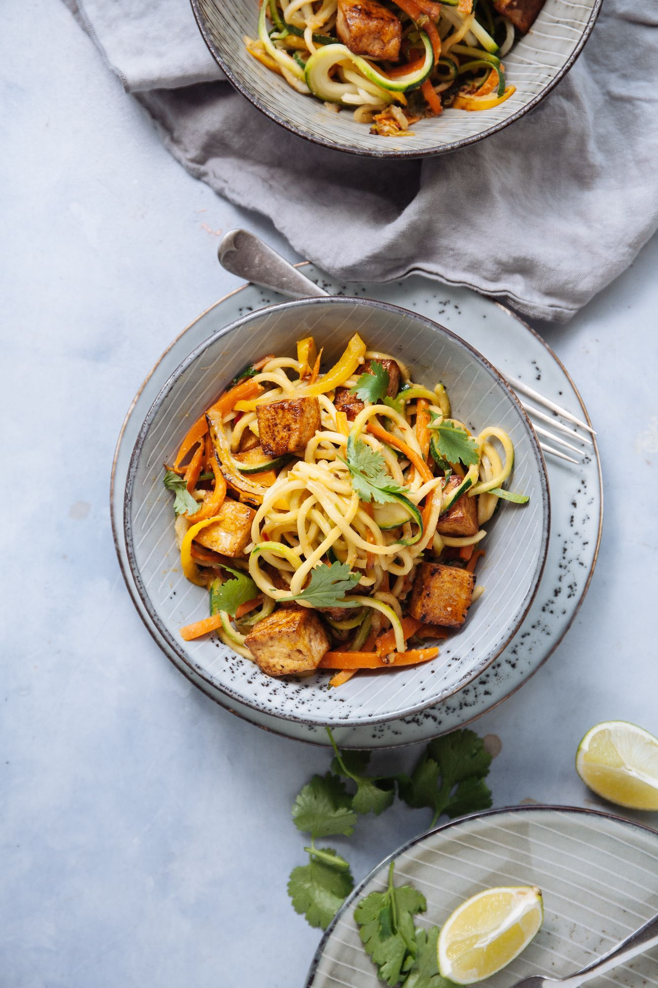 Healthy Tofu Pad Thai with courgetti noodles Vegan