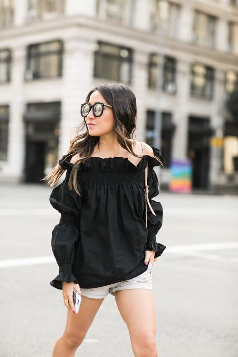 6eb73fce4a Summer Ready :: Off-shoulder top & Gladiator sandals   Street Style ...