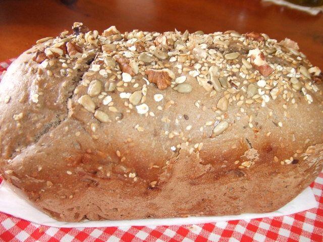 Pan integral multicereales con nueces Ver receta: http://www.mis-recetas.org/recetas/show/83911-pan-integral-multicereales-con-nueces
