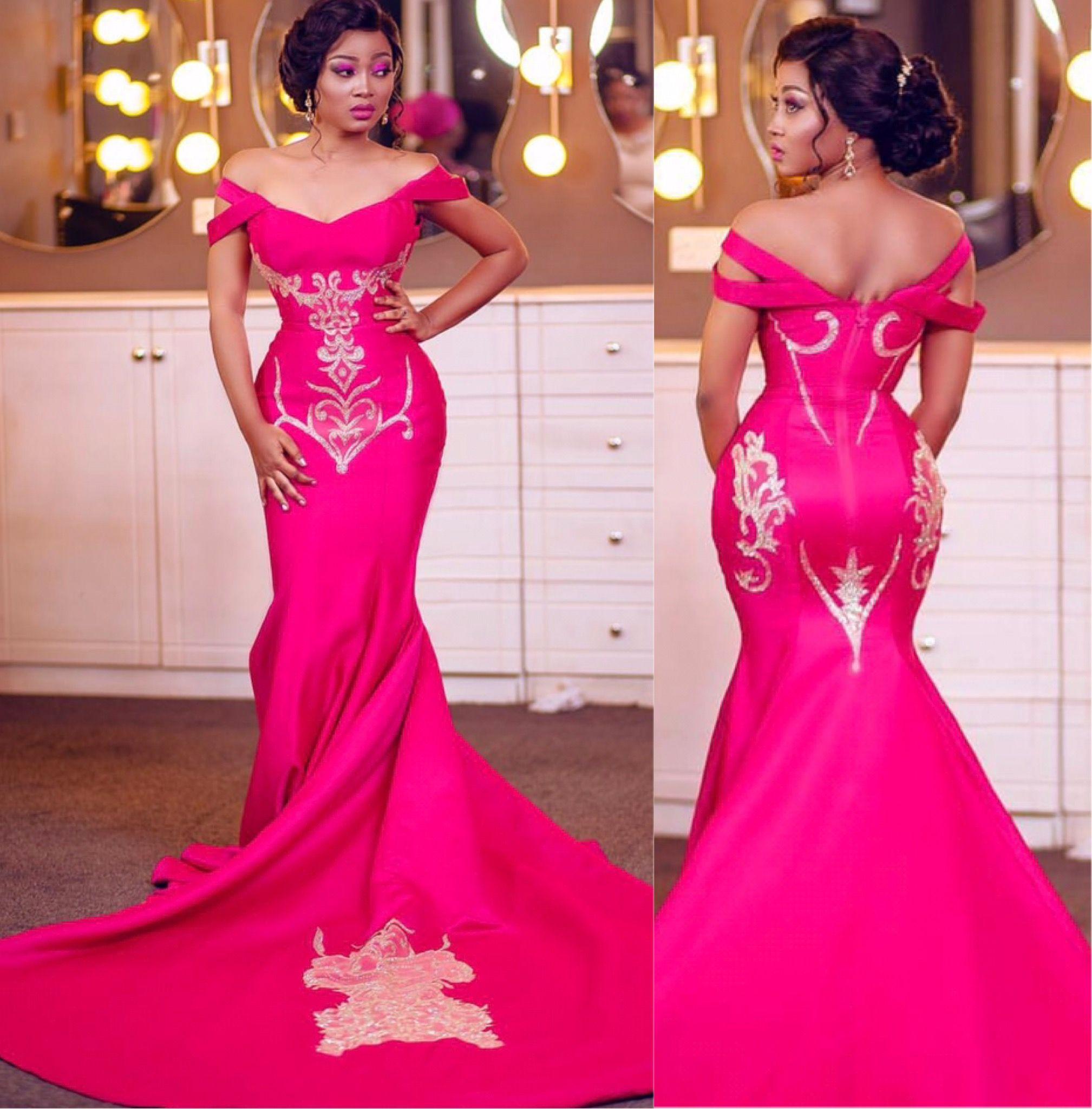 Pin de nana twumasi en g | Pinterest | Modelo y Vestiditos