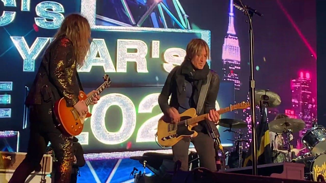 Pin by Ronnie Dee on The Struts in 2020 Keith urban