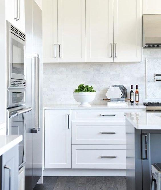Shaker Cabinet Hardware Accessories that Transform #Accessories #cabinet #Cabinets #Examples #find #Hardware #Ideas #Inspiring #Kitchen #shaker #style #transform #white #youre #whiteshakercabinets