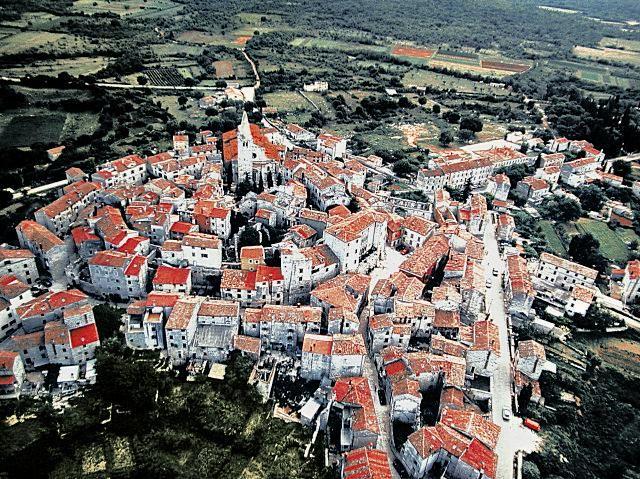 Istarska Enciklopedija Places To See Summer Travel Croatia Travel