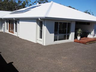 Best White Duck Render Surfmist Roof Facade House Exterior 400 x 300