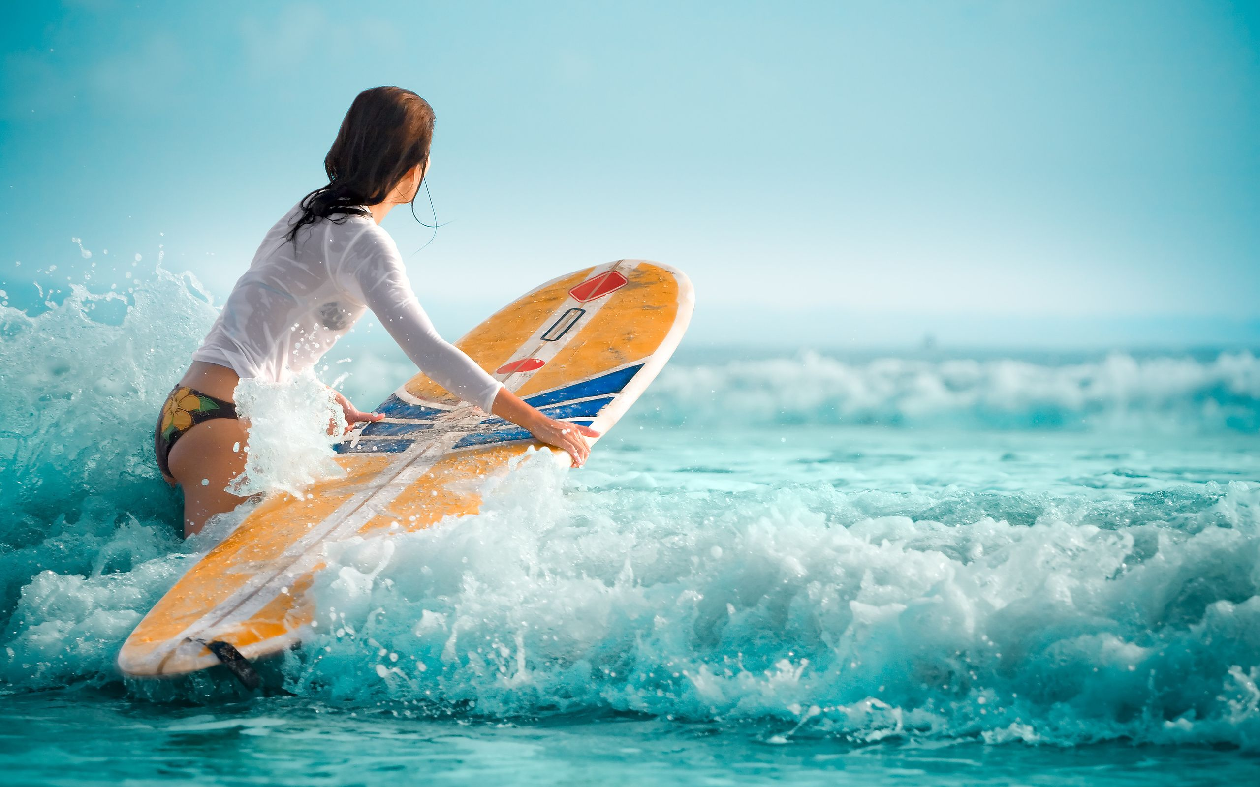 To Download Or Set This Free Girl Surfing Wallpaper As The Desktop