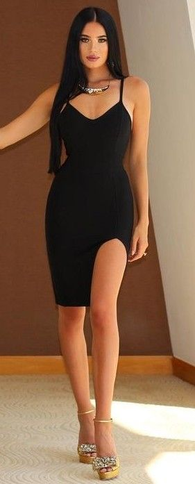 Sexy Black Hair Big Tits