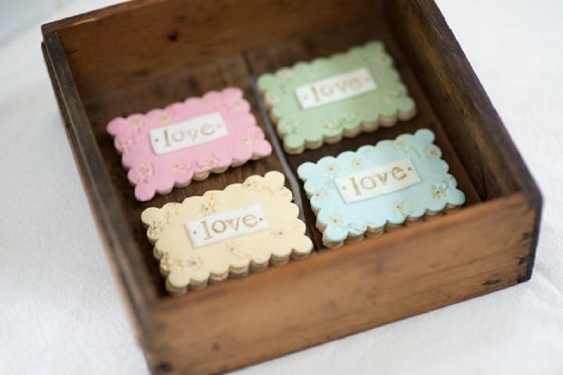 Nila Holden Wedding Cookies Love