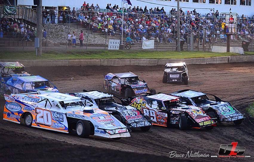 4 wide modified racing Dirt racing, Flat track racing