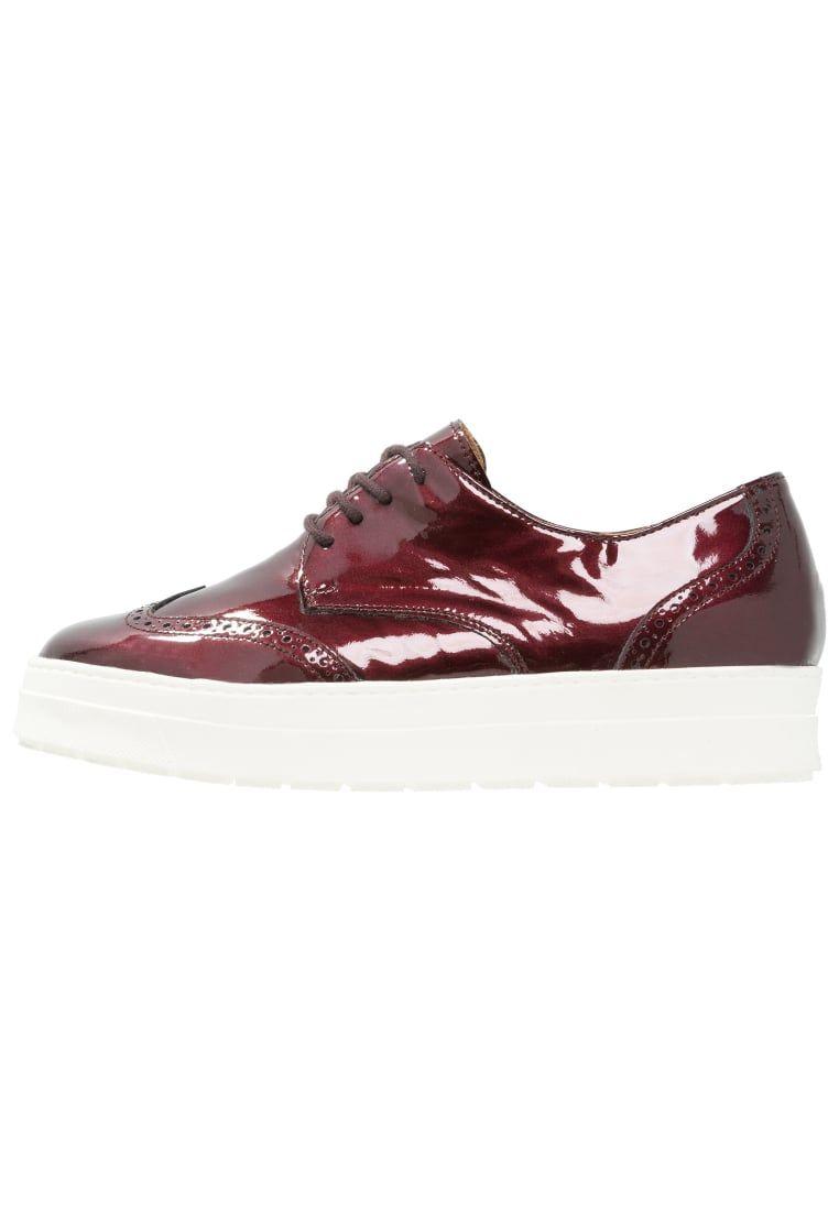the latest de5e1 2c1e2 Consigue este tipo de zapatos con cordones de Caprice ahora ...