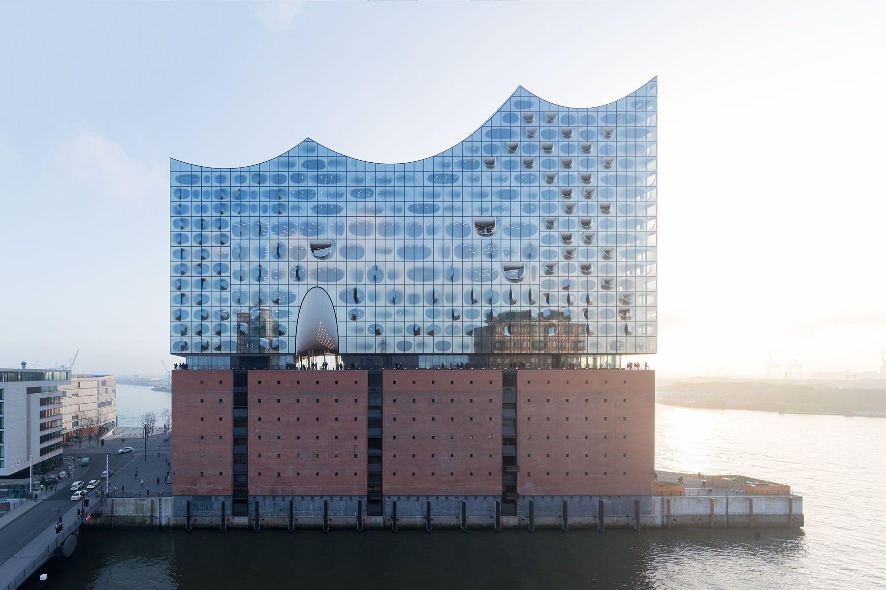 Elbphilharmonie Hamburg Herzog De Meuron Iwan Baan In 2020 Hotel Facade Hamburg Elbphilharmonie Hamburg