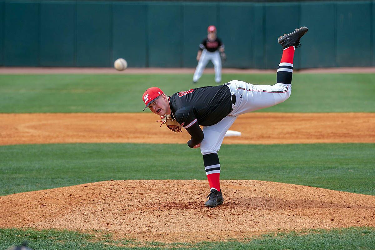 Apsu Baseball Downs Morehead State At Home 9 1 Baseball Morehead Austin Peay State University