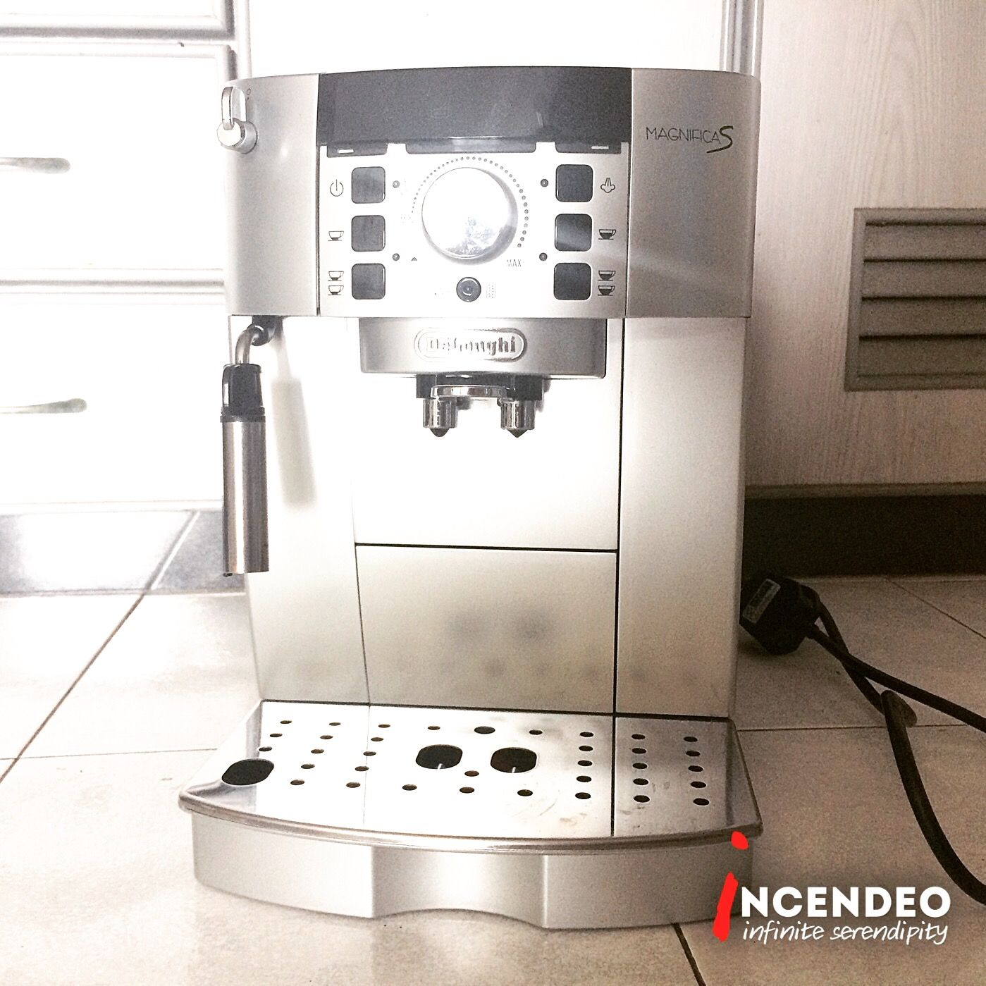 Delonghi Magnifica S Fully Automatic Coffee Machines Ecam 22 110 Sb Delonghi Magnifica Coffee Machines Incendeo Automatic Coffee Machine Delonghi Coffee