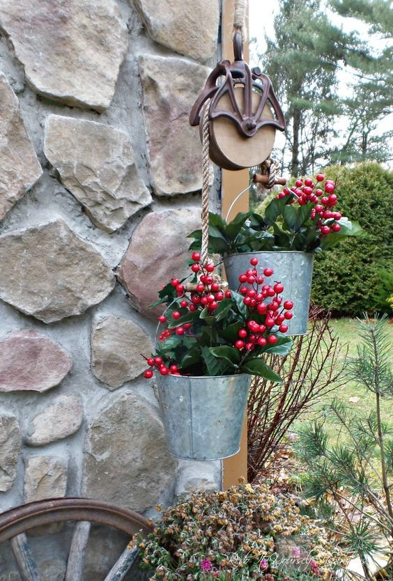 Garden planter pulley holiday decor farm decor farmhouse farmhouse pulley and bucket planters for christmas by redo it yourself inspirations featured on funky junk interiors solutioingenieria
