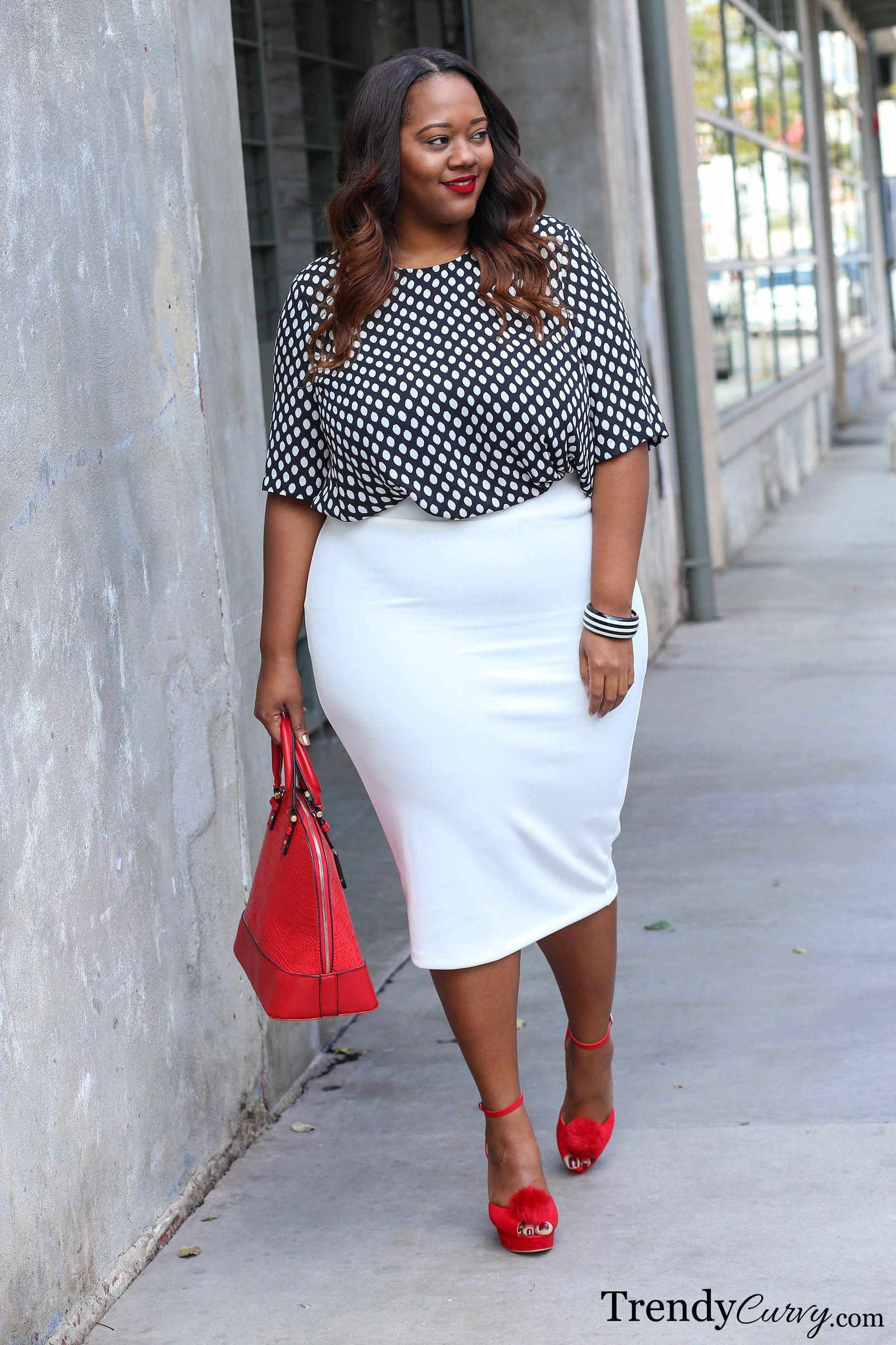 Trendy plus size fashion blog 45