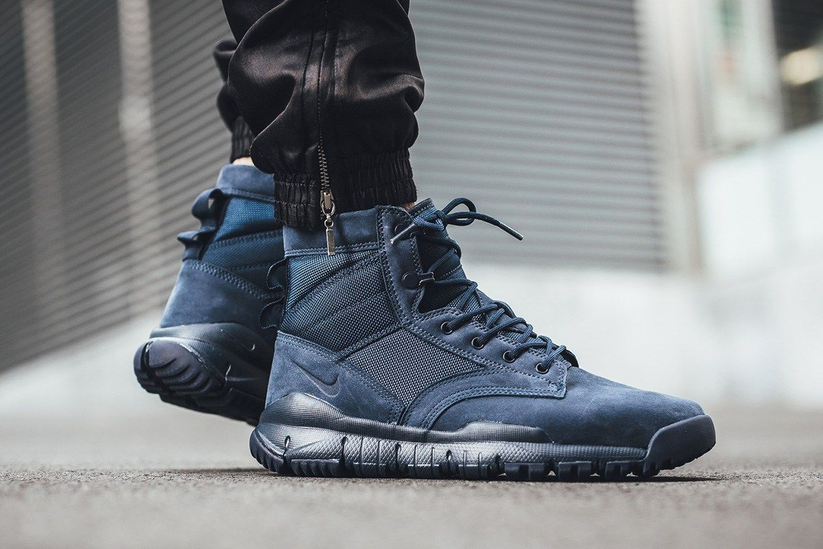 28bf542230a Nike Drops a Monochromatic Obsidian Colorway of Its SFB 6-Inch ...
