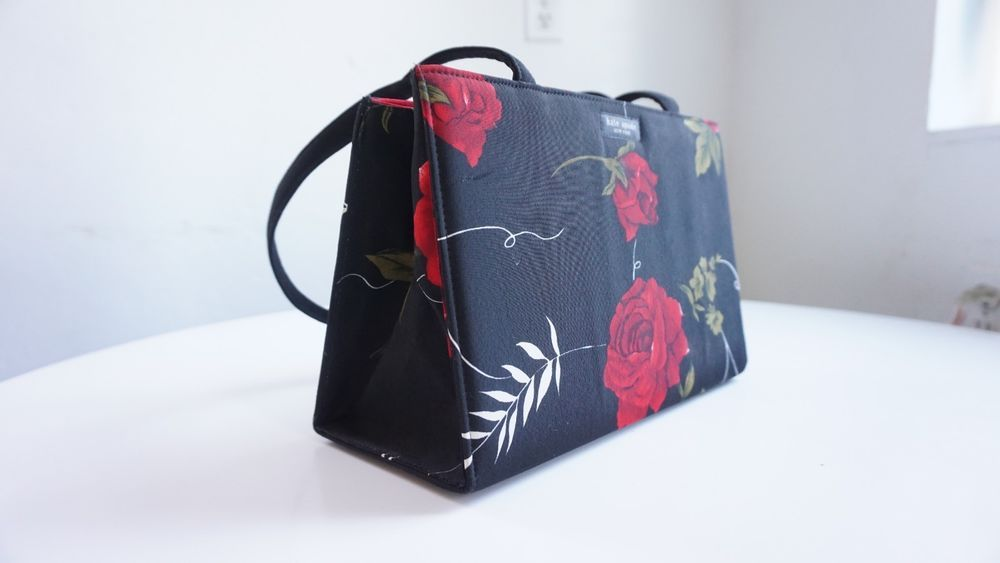 Kate Spade Handbag Purse Black Red Roses Flowers Fashion