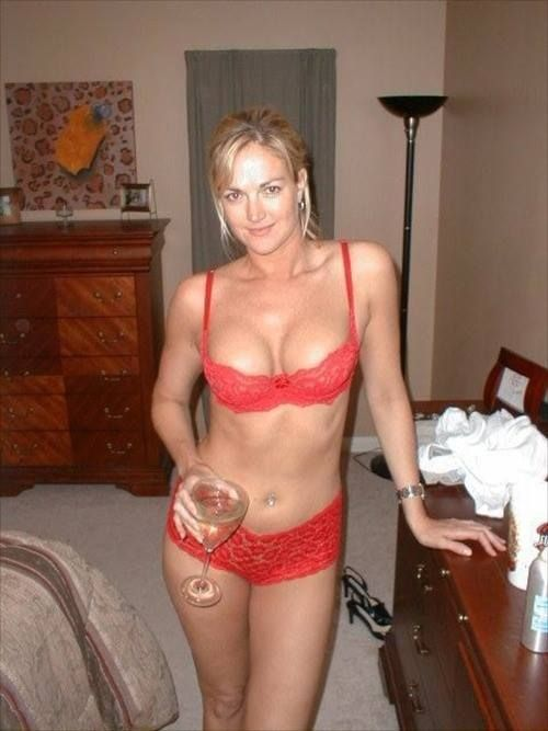 Sexy Mature Women And Hot Moms 56