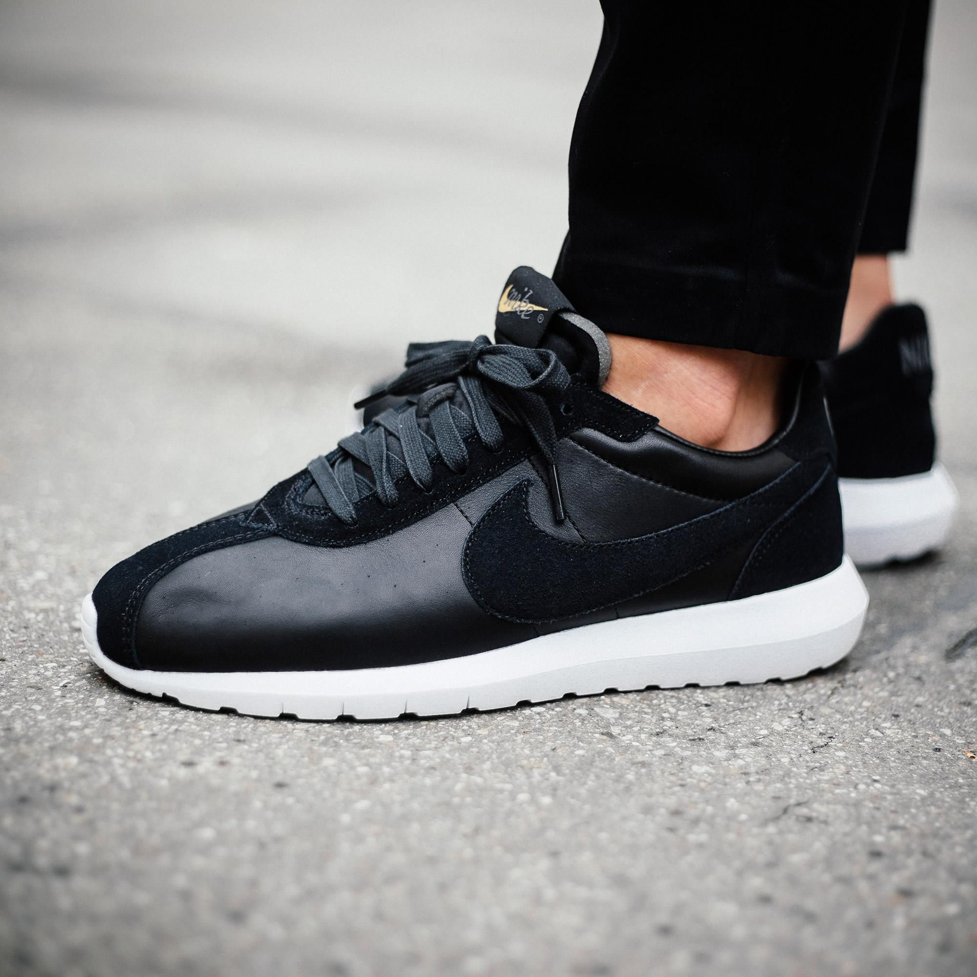 best sneakers e53d5 36214 Nike Roshe LD-1000 Premium Black   White