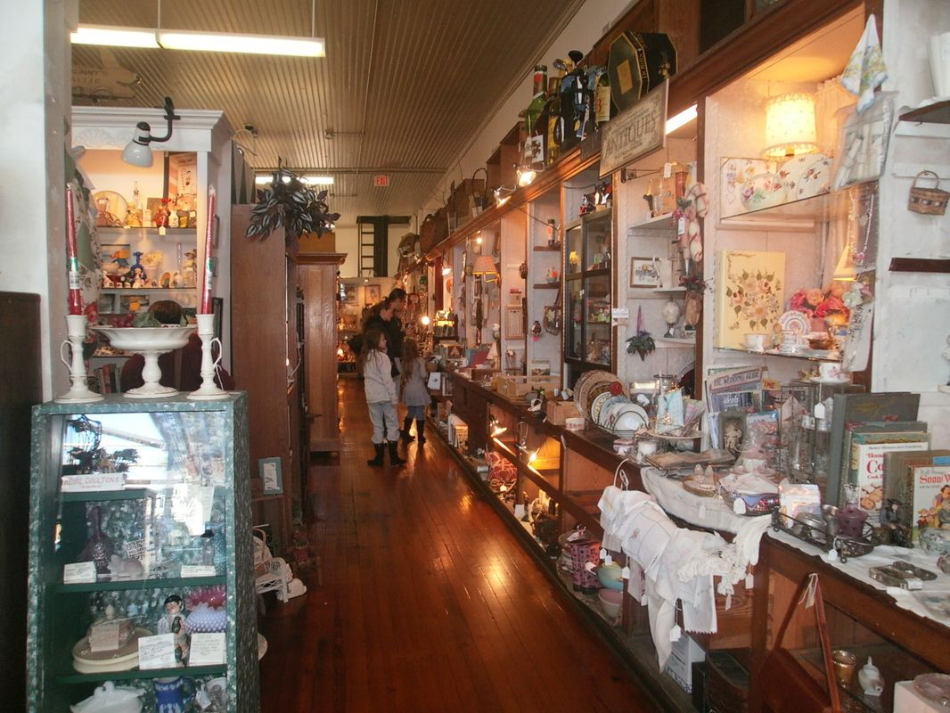 Waxhaw Antique Mall Waxhaw Michaelryanrealty Charlottenc Realestate Homebuying Realestate Www Michaelryanrealty Com Waxhaw Antique Mall Antique Stores