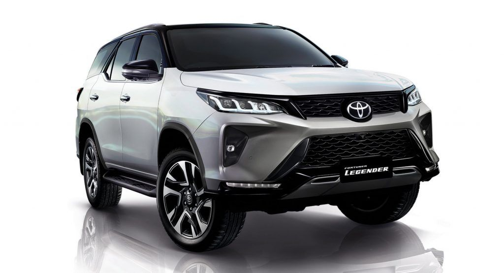 2021 Toyota Fortuner Hilux S 7 Seater Suv Sibling Gets A Facelift Too Carscoops In 2020 Toyota 7 Seater Suv Suv