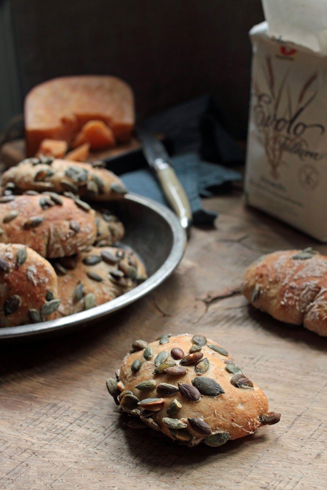 Pistachio: Szybkie szwedzkie bułki śniadaniowe z pestkami dyni.