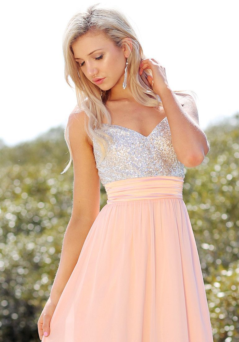 Sequinedbodice chiffon dress desperately need a stylist