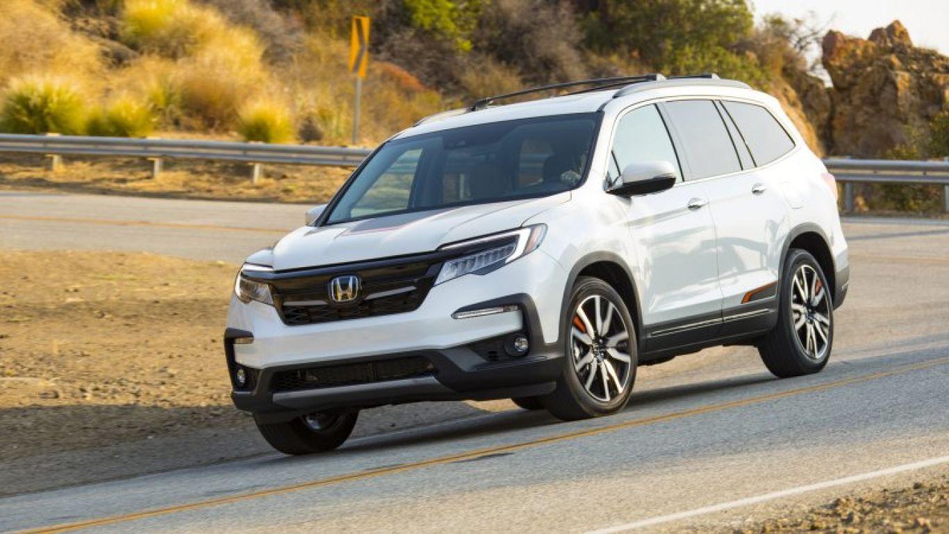 2020 Honda Pilot Review Buying Guide More Capable Than Cool In 2020 Honda Pilot Reviews Honda Pilot Honda