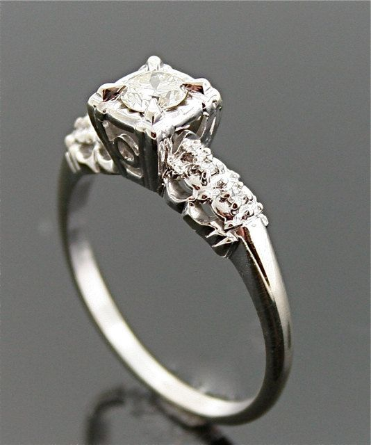 1940s Engagement Ring Vintage Gold and Diamond Ring 1940s