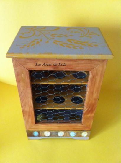 Huevera de madera madera,papel,pintura teñido decoupage,pintado a ...