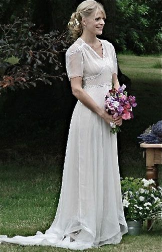 Kathryn wears - 1940\'s chiffon puff sleeve gown. | Beauty is in the ...