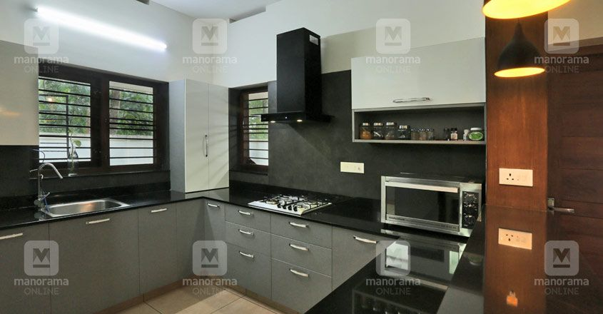 Serene House Trivandrum Kitchen In 2020 House Styles House Design Traditional House Plan