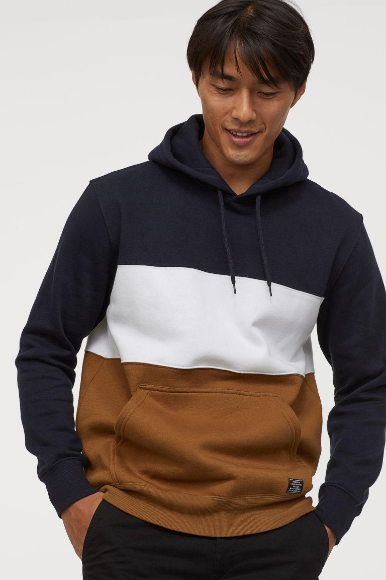 Color Block Hoodie Dark Blue Light Brown Men H M Us Color Block Sweatshirt Sweatshirts H M Men [ 1152 x 768 Pixel ]