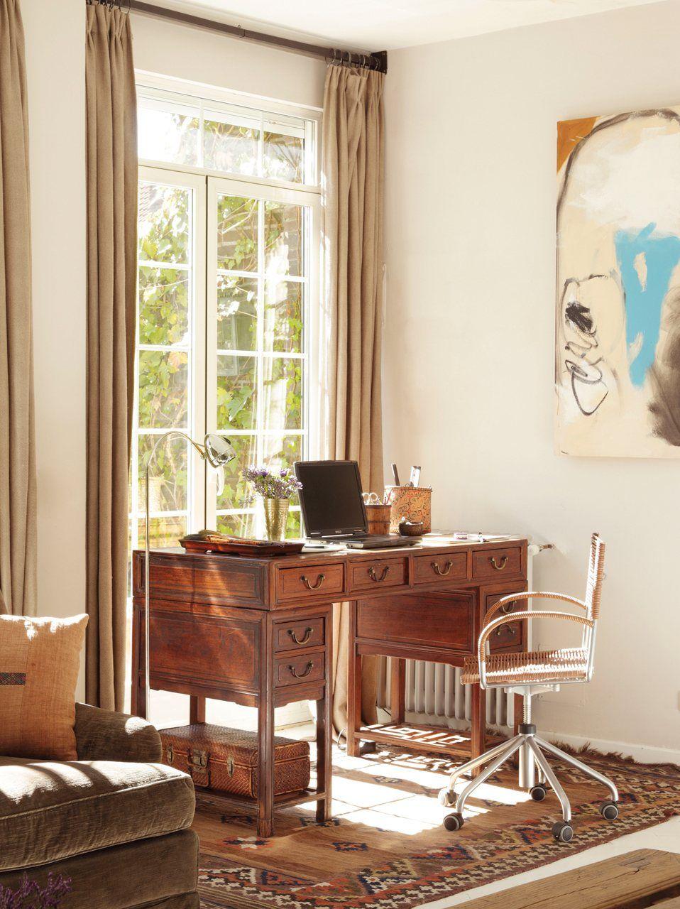 12 buenas ideas para renovar el sal n for Salon workspace